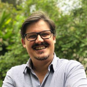 Prof. Marcio Ribeiro